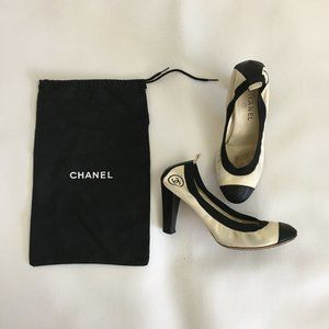 Chanel Pumps 38.5 Calfskin Cream/Black